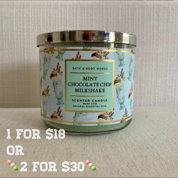 Mint Chocolate Chip Milkshake Candle